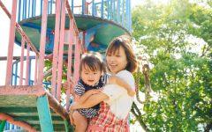 子育て中の30代女性による寝違えの症例と治療のご紹介。